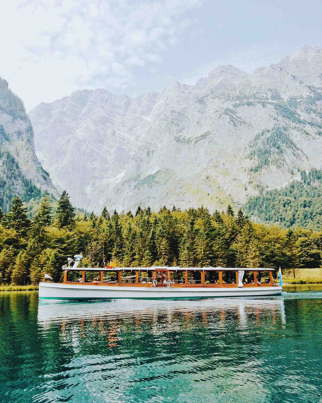 Electric boats on the Königssee: quiet and clean in unspoiled nature - Thursday, 22.03.2018